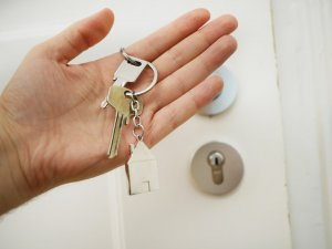 Professional Pest and Building Inspections Keys in Hand Image